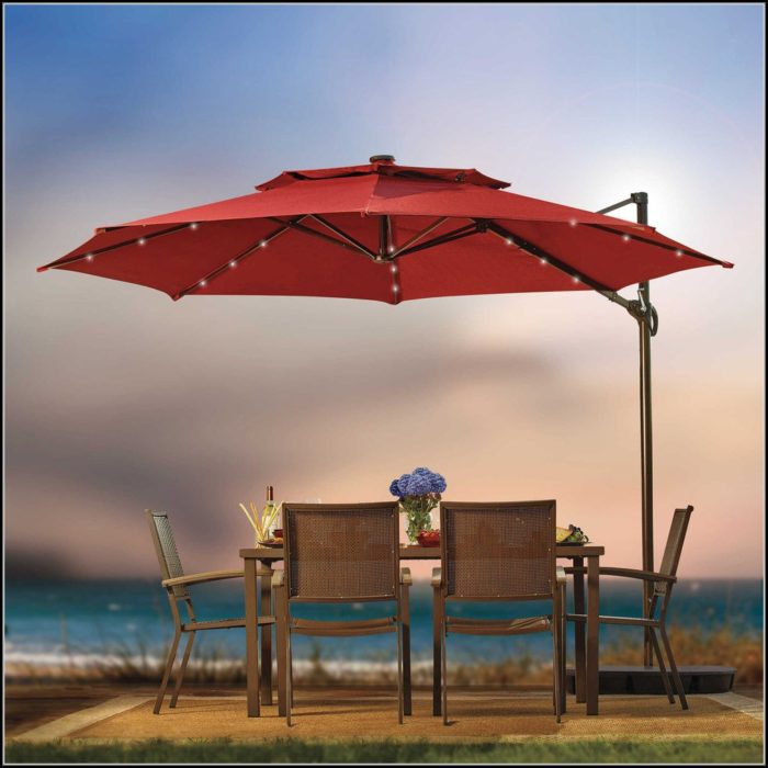 11 Foot Patio Umbrella With Solar Lights