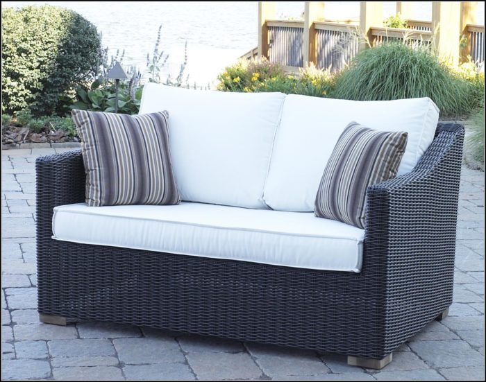 Black Wicker Patio Loveseat