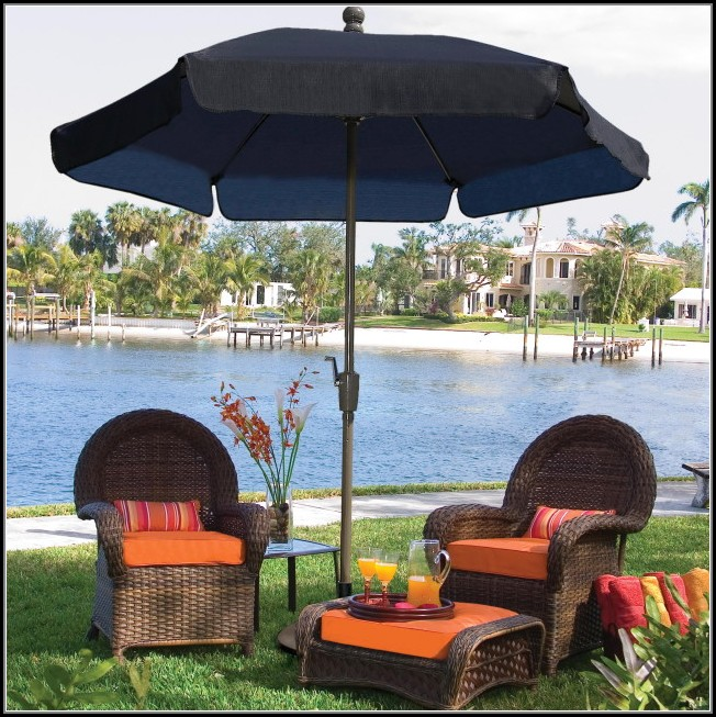 Patio Furniture With Umbrella Hole