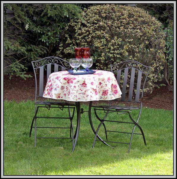 Patio Table Tablecloth With Umbrella Hole