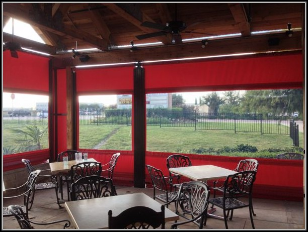 Restaurant Vinyl Patio Enclosures