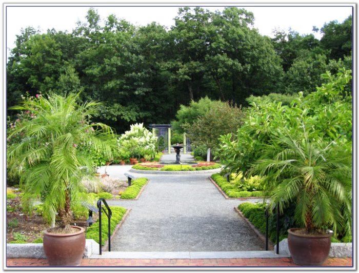Tower Hill Botanical Garden Fall Fest