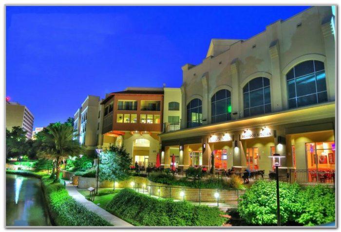 Wyndham Garden San Antonio Riverwalk Museum Reach