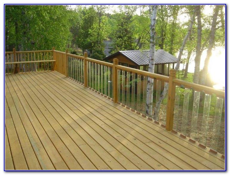 Cedar And Glass Deck Railing