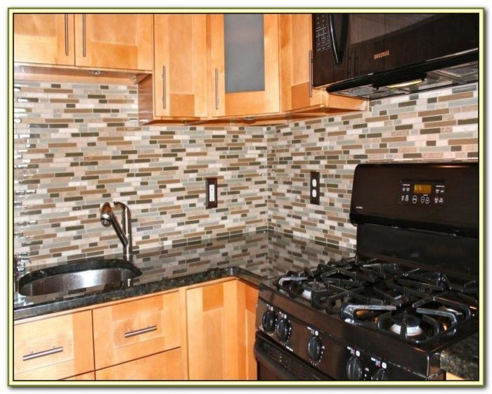 Glass Mosaic Tile Backsplash Ideas