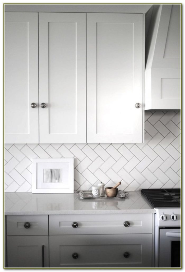 Herringbone Subway Tile Kitchen Backsplash