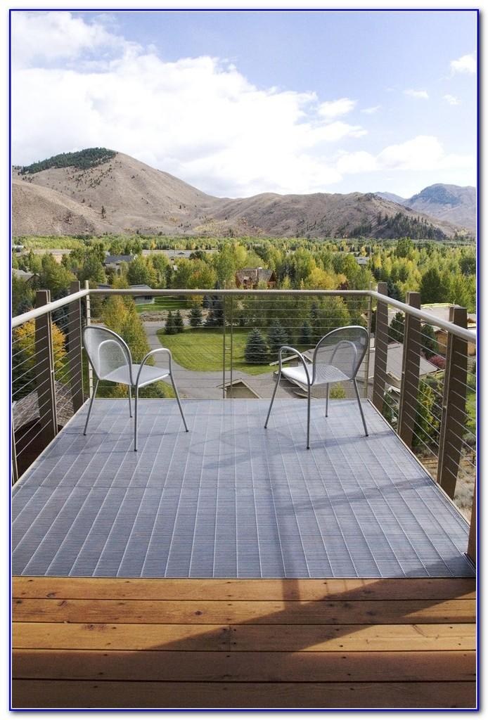 Modern Wire Deck Railing