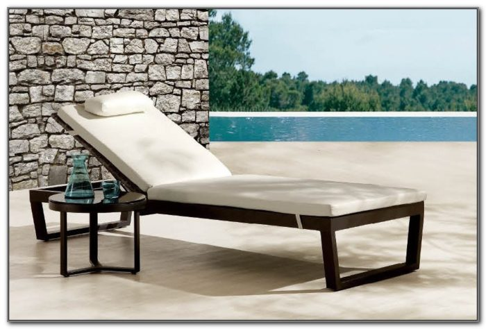 Outdoor Pool Lounge Furniture