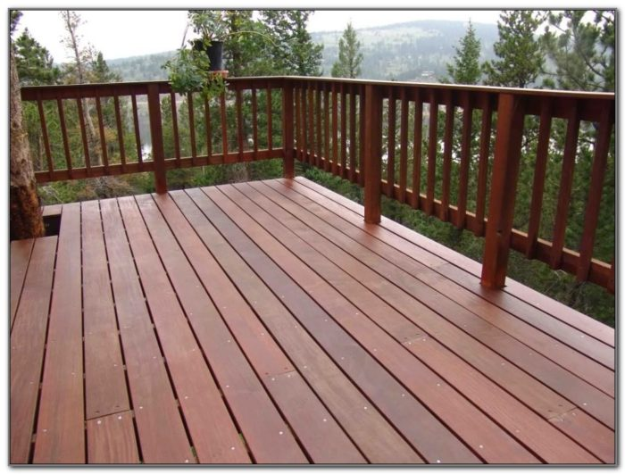 Wooden Deck Railing Designs