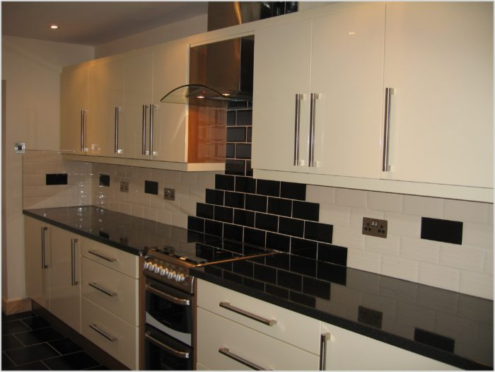 Black Gloss Kitchen Floor Tiles