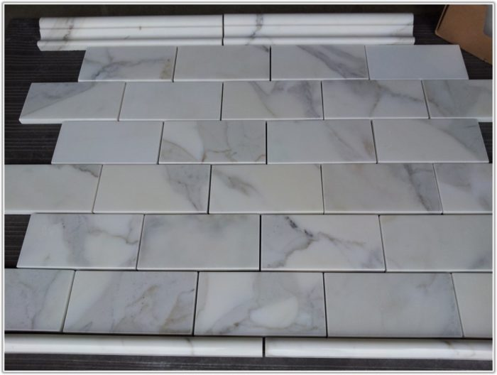 Carrara Marble Subway Tile 3x6