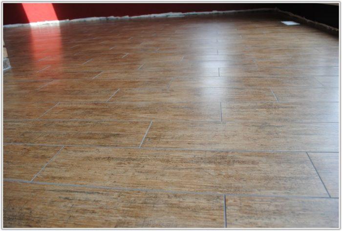 Ceramic Tiles Look Like Wood Flooring