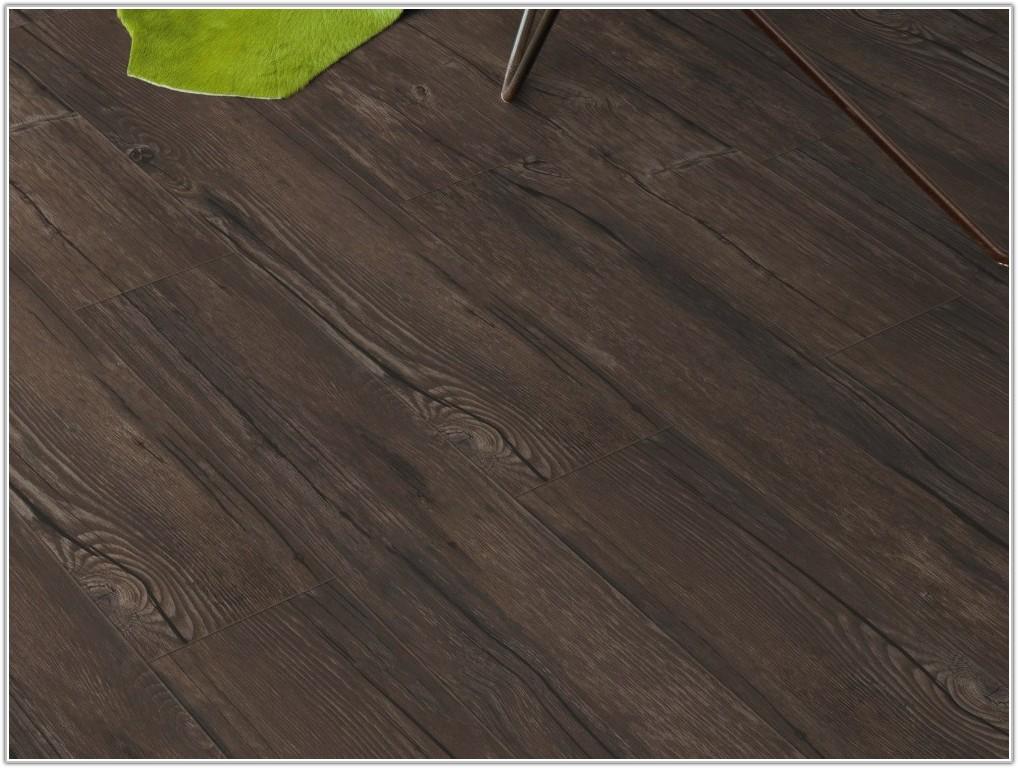 Vinyl Wood Effect Floor Tiles