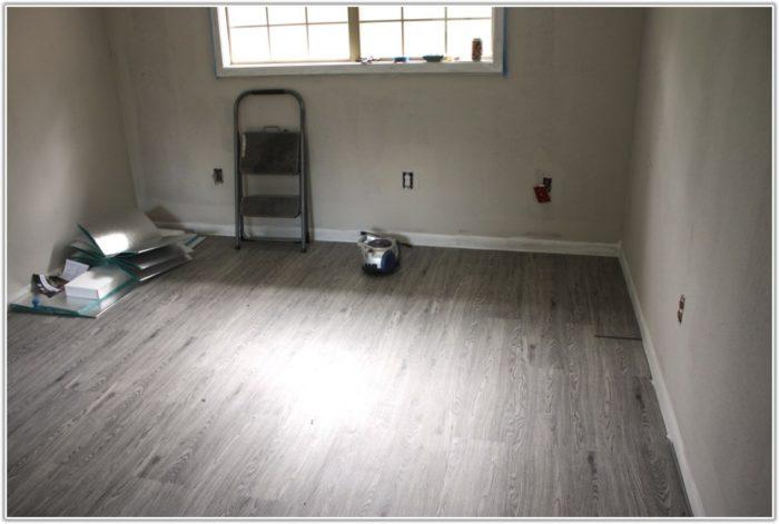 Click Vinyl Plank Flooring Bathroom