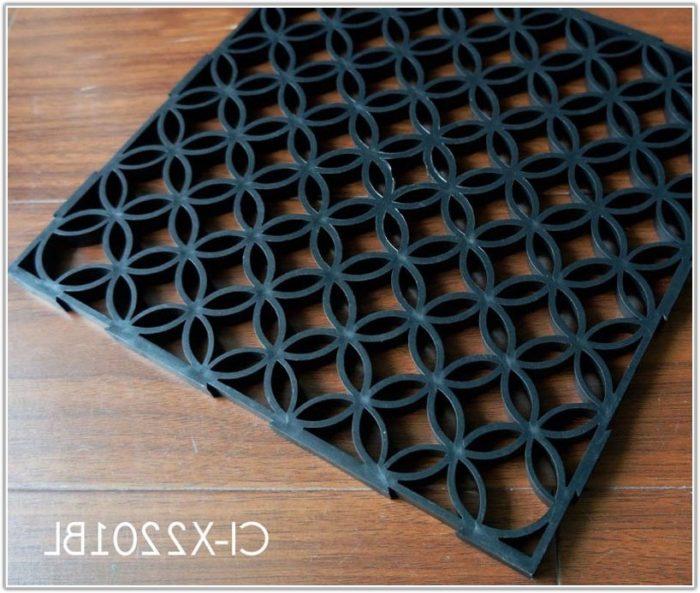 Interlocking Plastic Floor Tiles