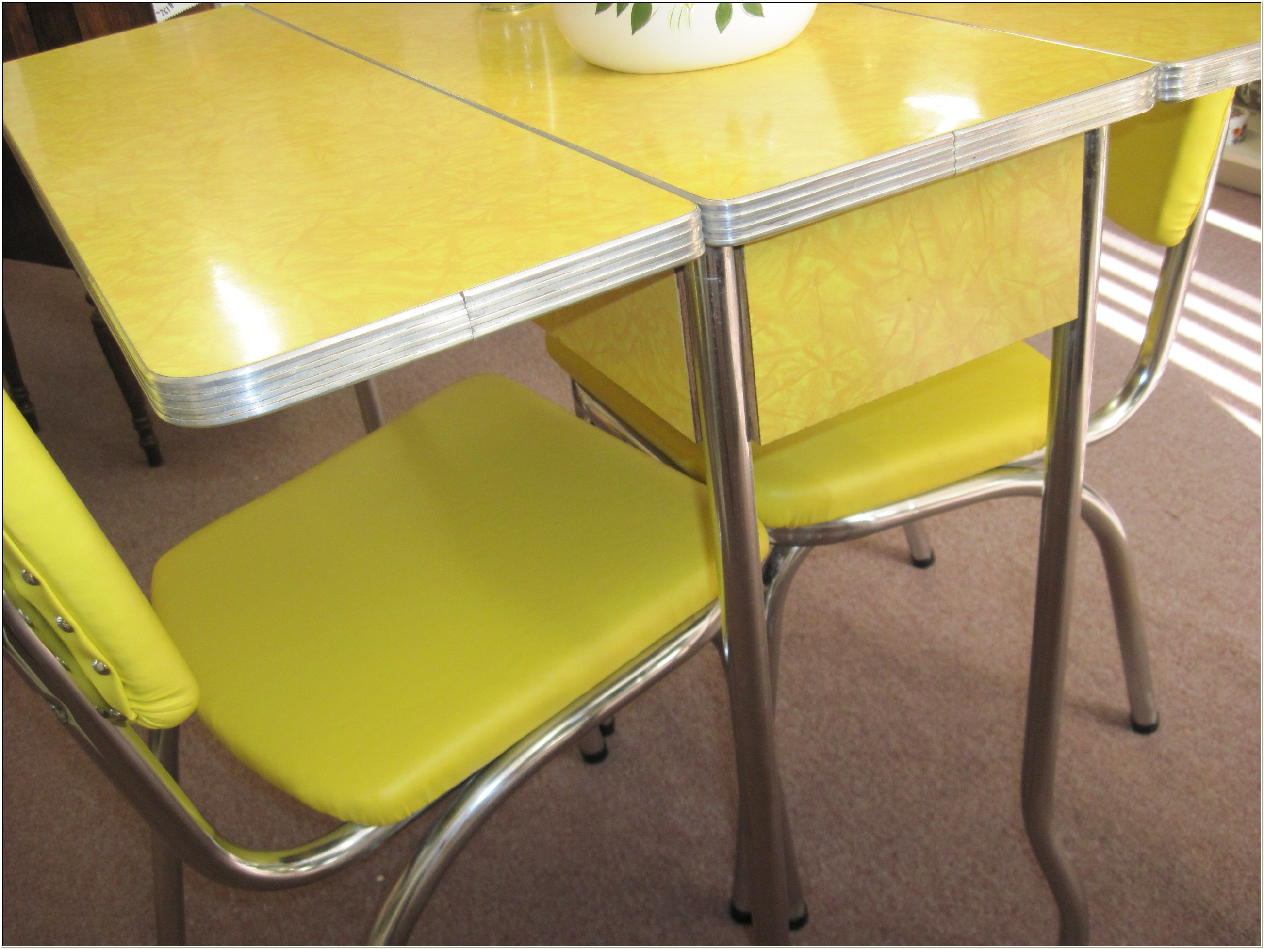 1950s Metal Kitchen Table And Chairs
