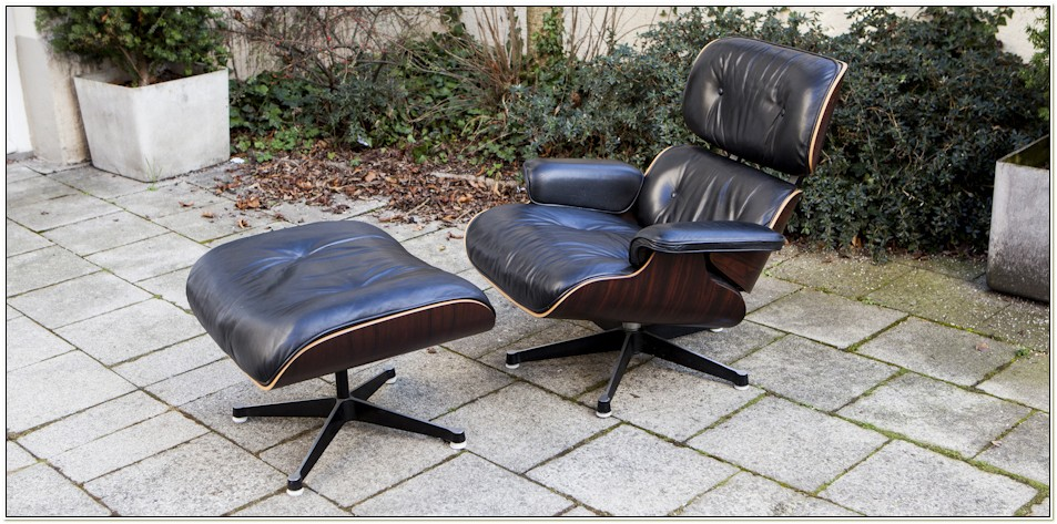 1956 Rosewood Eames Lounge Chair