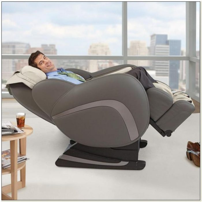 Brookstone Uastro Zero Gravity Massage Chair