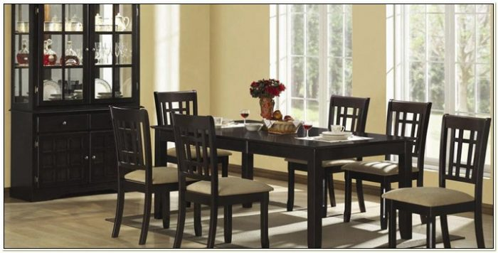 Coaster Dining Table And Chairs