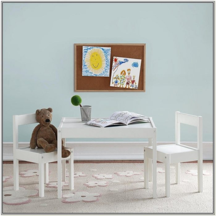 Elmo 3 Piece Table And Chair Set