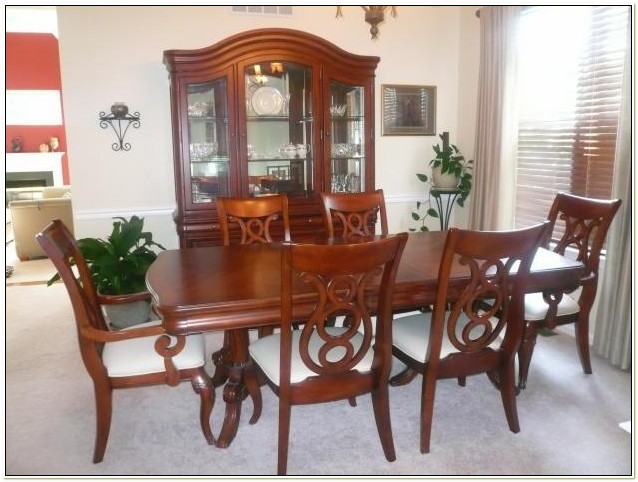 Raymour And Flanigan Legacy Dining Set Chairs Home
