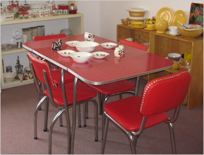 Vintage Red Formica Table And Chairs