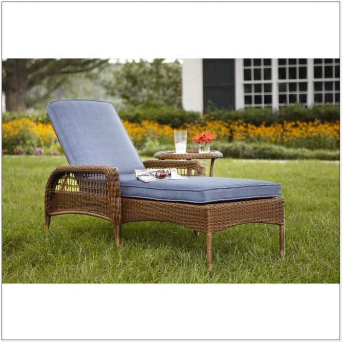 Wicker Patio Chaise Lounge Chairs