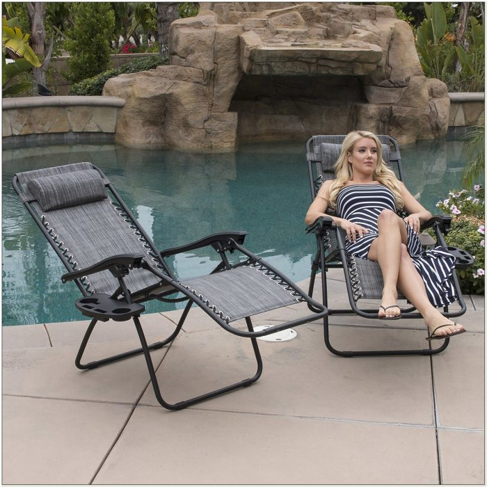 Zero Gravity Reclining Outdoor Lounge Chair