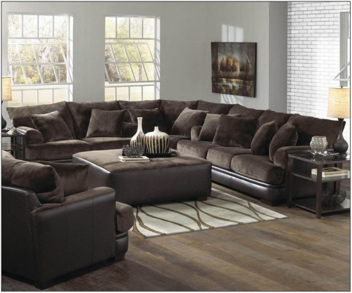 500 Living Room Set