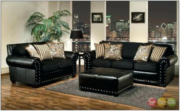 Black Leather Living Room Set For Sale