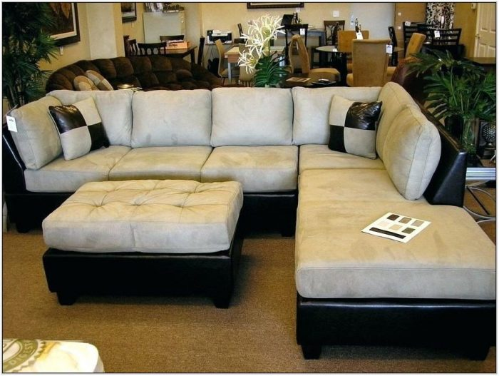 Living Room Sectionals For Small Spaces